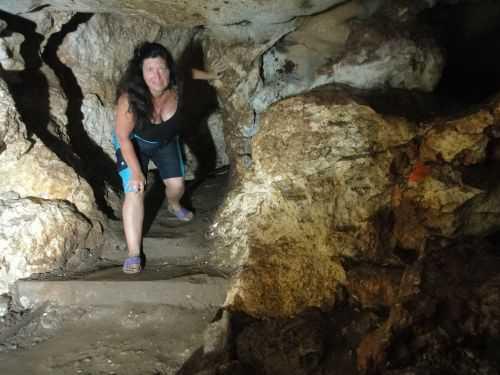 затерянных в пещере в таиланде подростков